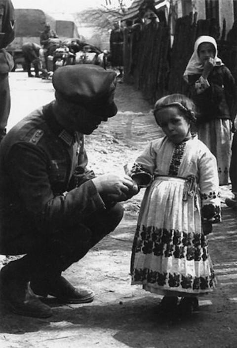 Советская деревня в объективе немецкого фотографа в 1941 - 1943 годах