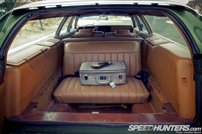 Машина Джона Леннона - вагон, который качает Рок-н-ролл
