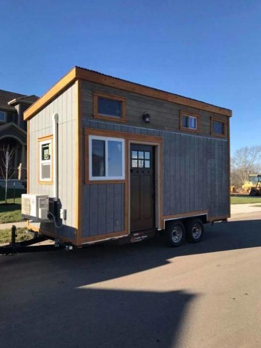 В США построили деревню для бездомных ветеранов Канзаса