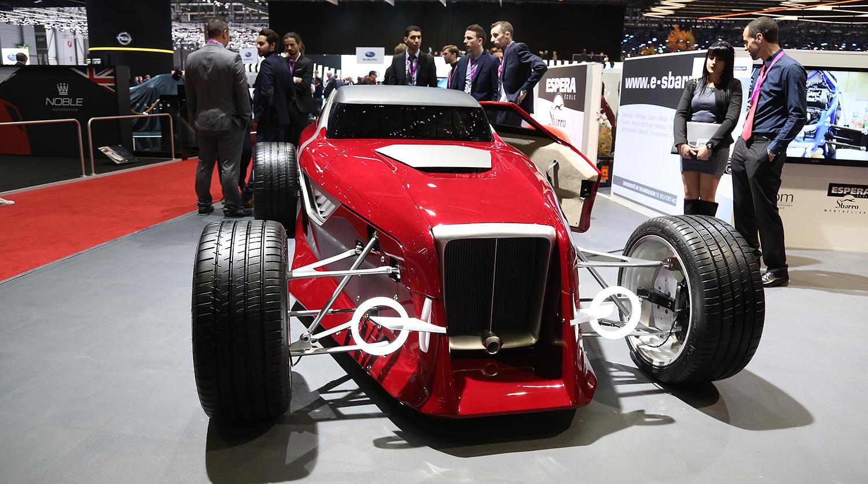 Яркие новинки автосалона в Женеве