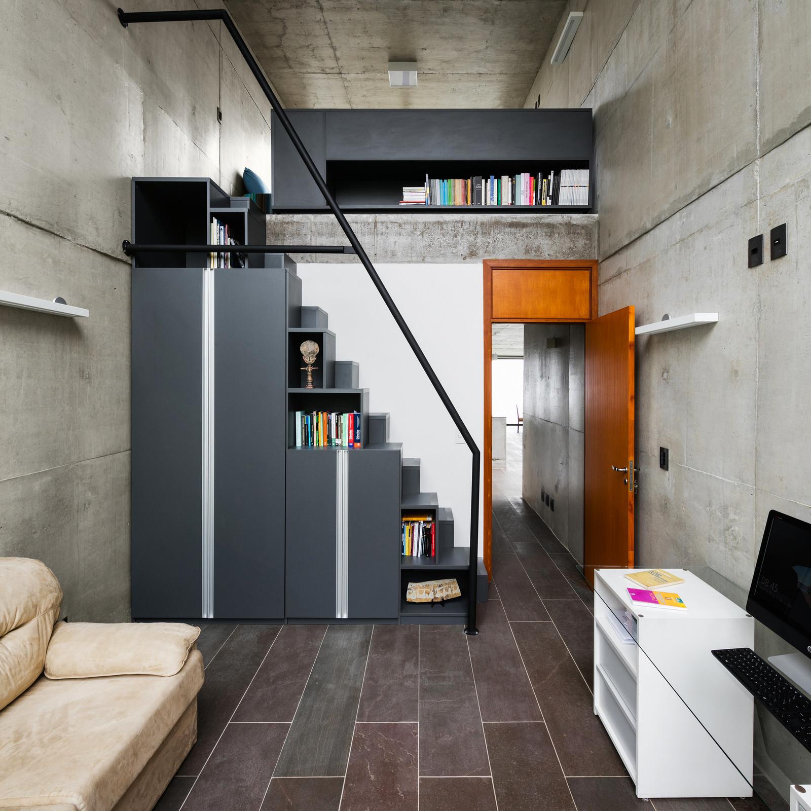 Дизайн дома в Бразилии с зеленым уголком
