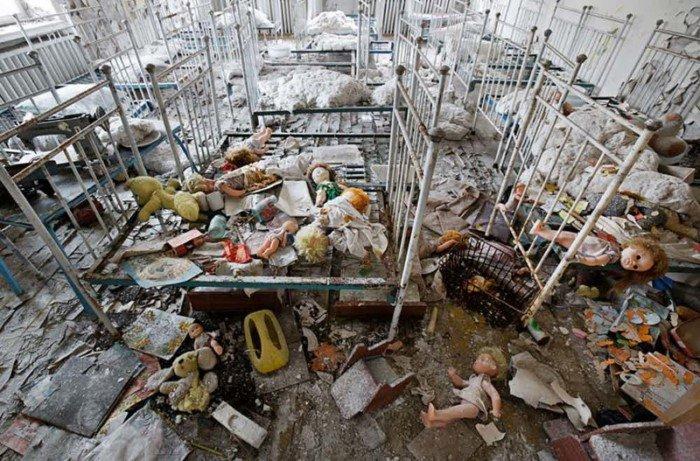 Несколько фотографий Чернобыльской АЭС, от которых становится не по себе
