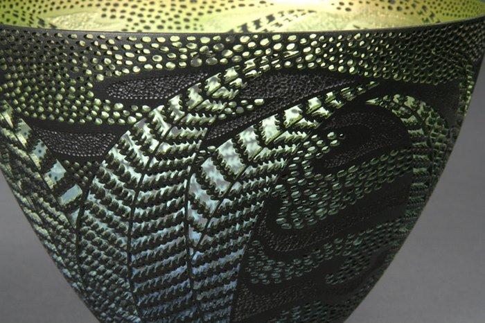 Потрясающие резные деревянные сосуды от Гордона Пембриджа