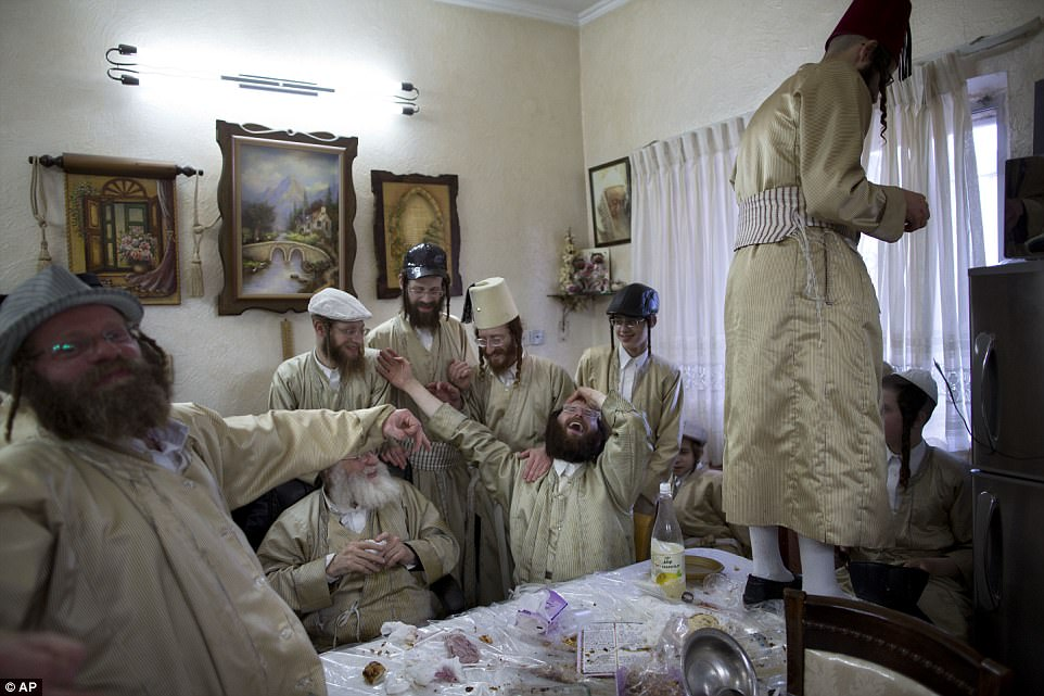Празднование Пурим в Израиле