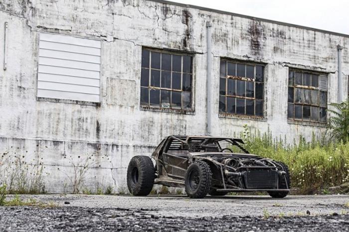 DeathKart, подготовленный к зомби-апокалипсису