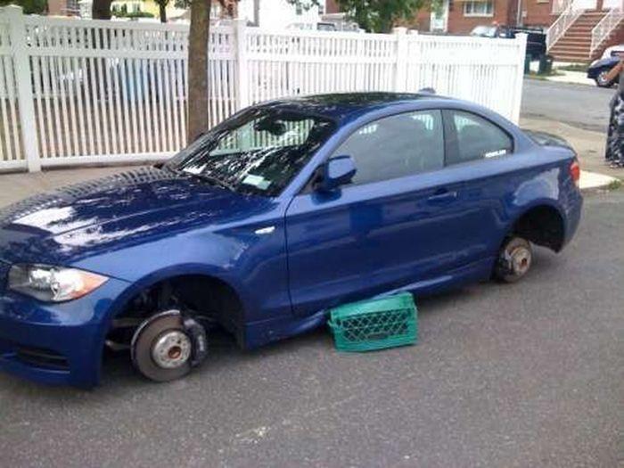Когда оставил суперкар в криминальном районе