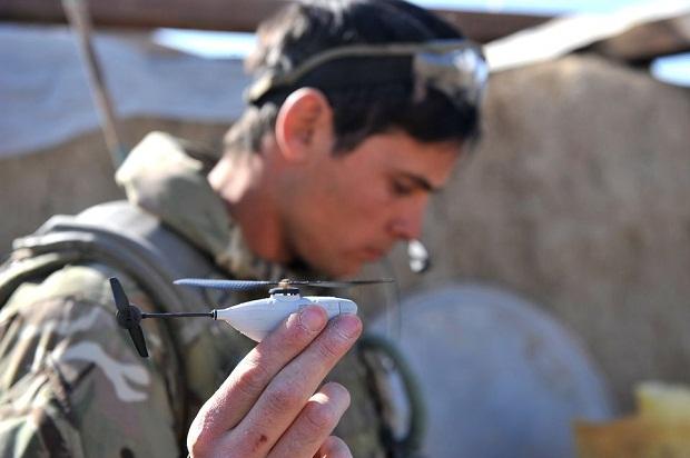Крошечный беспилотник на вооружении у британской армии