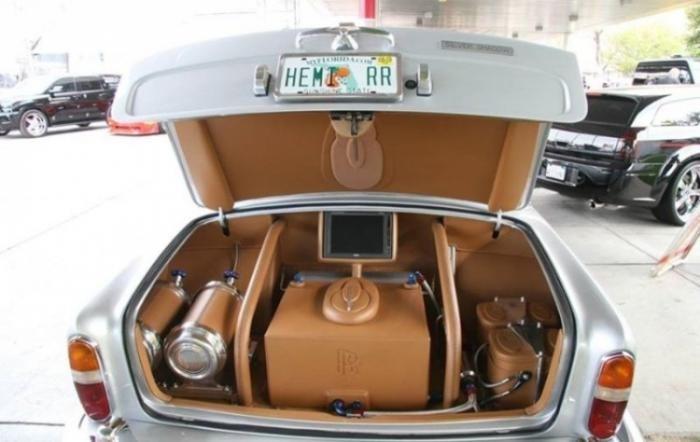Прокачанный Rolls-Royce с для драгрейсеров из высшего общества