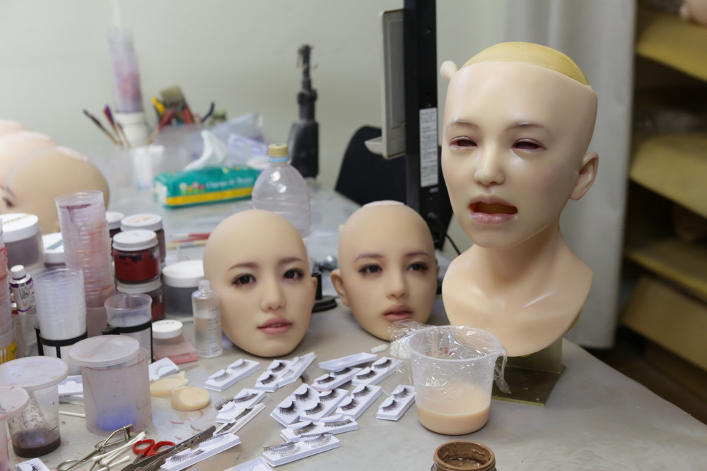 Ручное производство секс-кукол в Японии