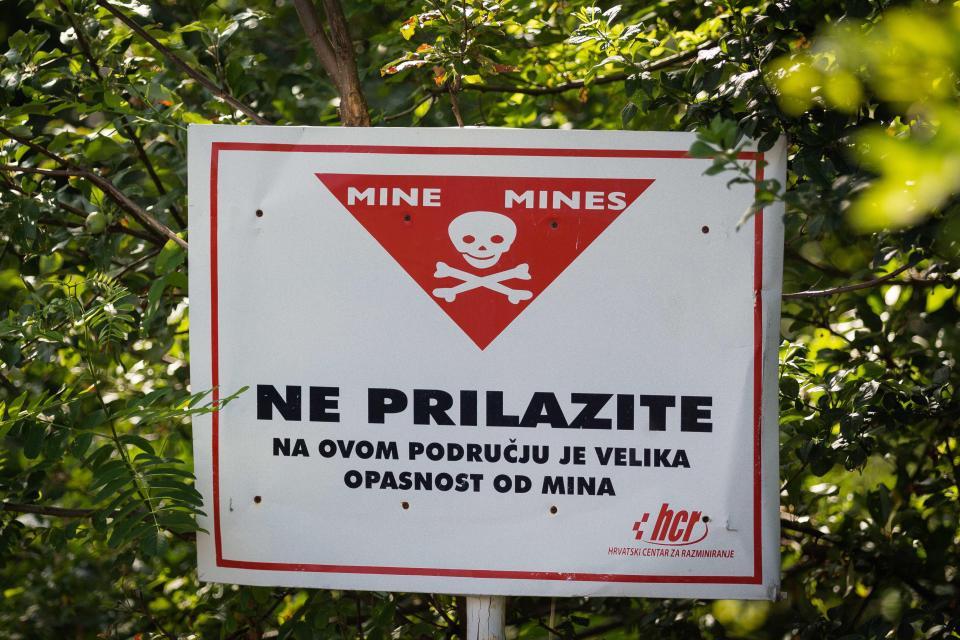 Заброшенная авиабаза на границе Хорватии и Боснии-Герцеговины