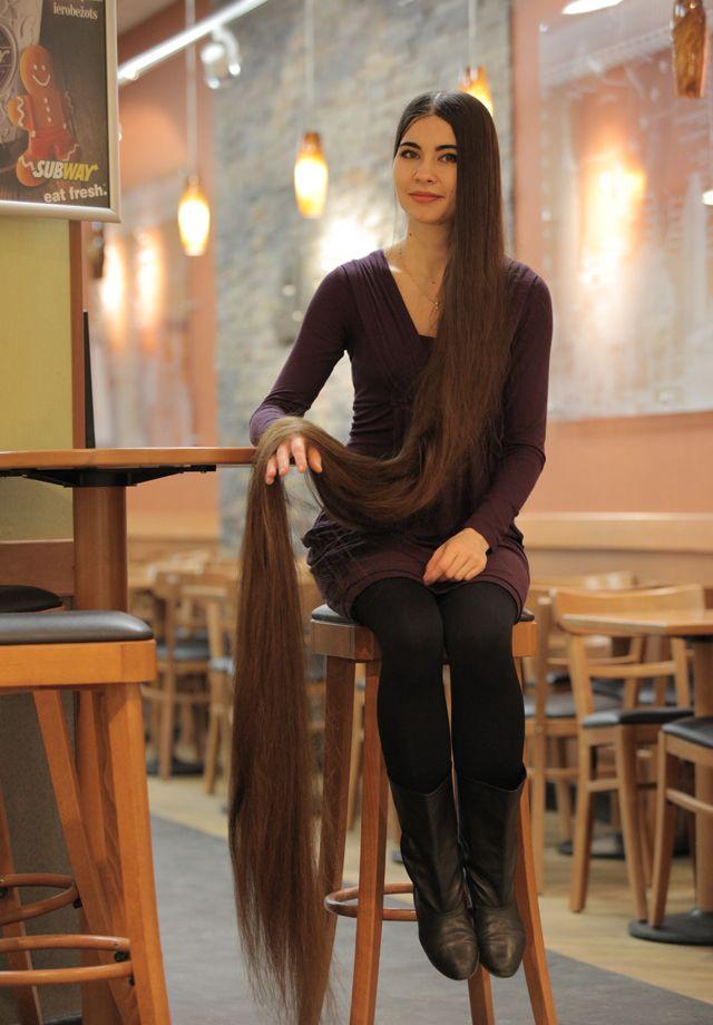 Латвийская Рапунцель может похвастаться двухметровой косой