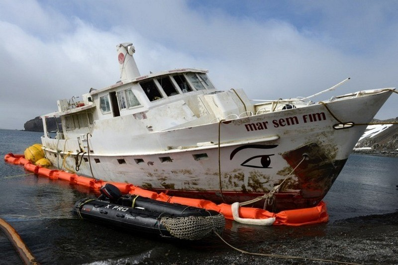 Спасение корабля-призрака в Антарктиде
