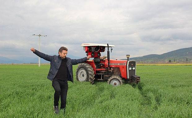 Аудиосистема стоимостью 2000 долларов на тракторе