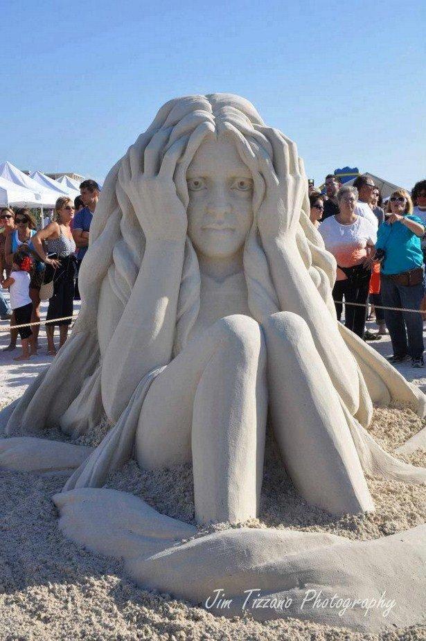 Удивительно красивые скульптуры из песка