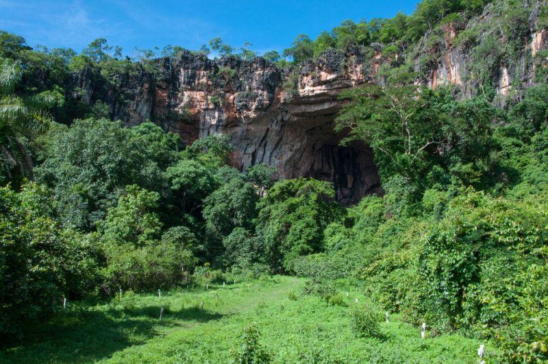Красота доломитовой известняковой пещеры в Бразилии