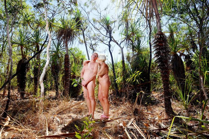 Нудисты в естественной среде обитания