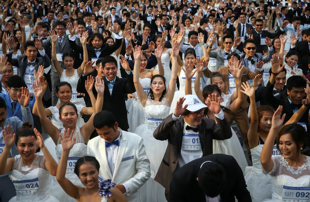Забег невест в Таиланде