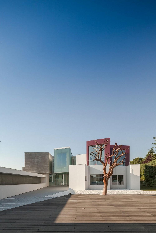 Роскошная вилла в пригороде Мадрида