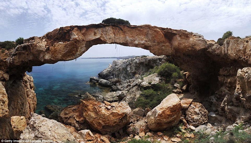 Живописные природные арки, которые еще можно успеть увидеть