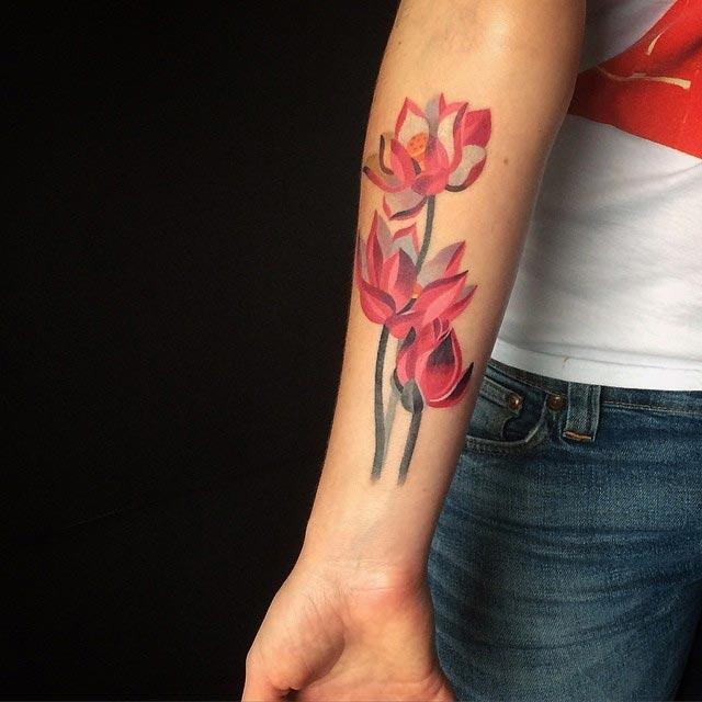 Цветочные татуировки от художников со всего мира