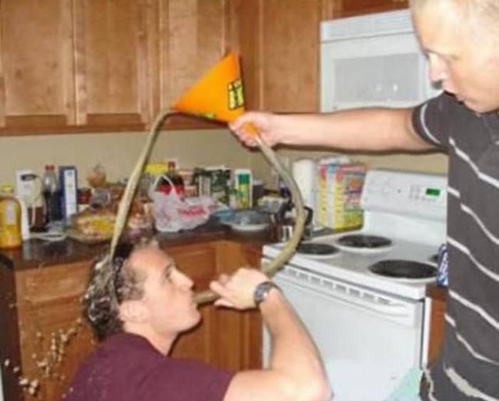 Фейлы на вечеринках: разлили
