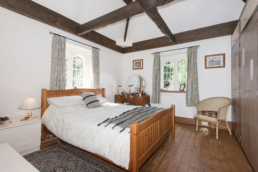 Миниатюрный замок в Англии можно купить за умеренную цену