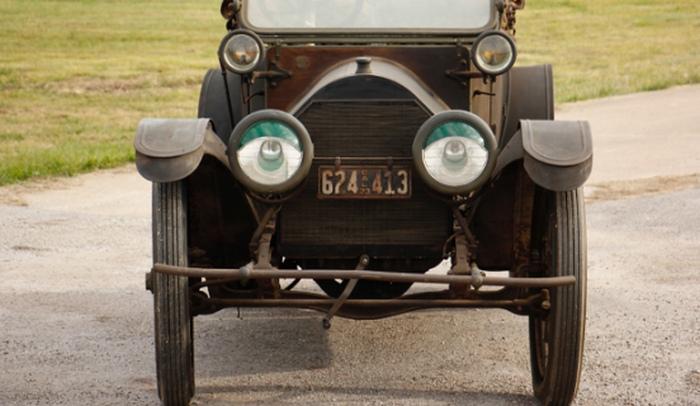 Роскошный автомобиль американского гангстера Аль Капоне