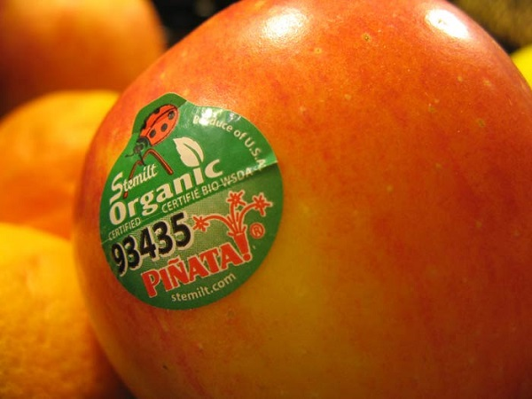Что означают эти наклейки на фруктах