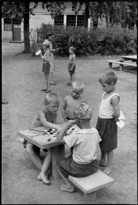 Атмосферные фотографии о жизни советских людей