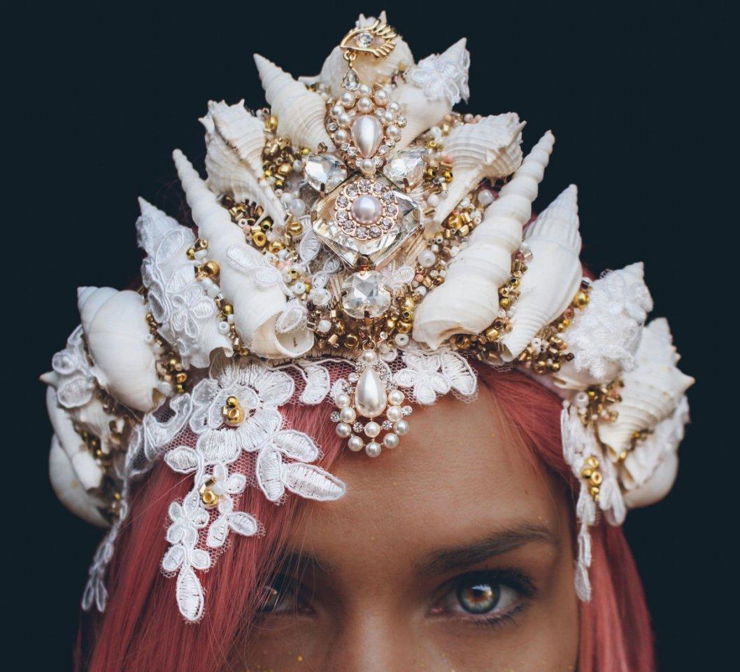Ослепительные короны в русалочном стиле