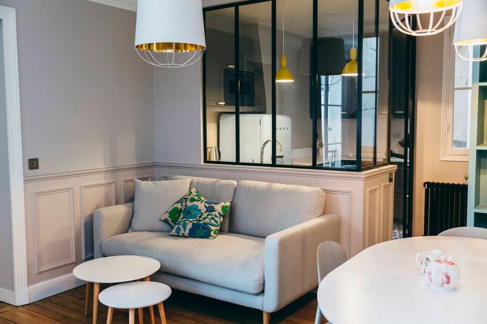 Небольшая квартира для молодой семьи в Париже