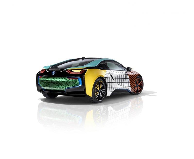 Особые BMW i3 и i8 посвятили дизайнерам мебели