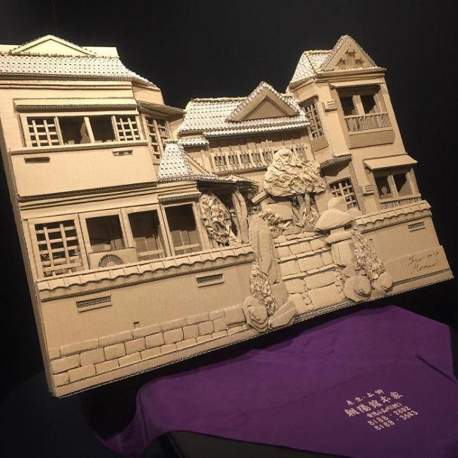 Удивительные скульптуры из картона