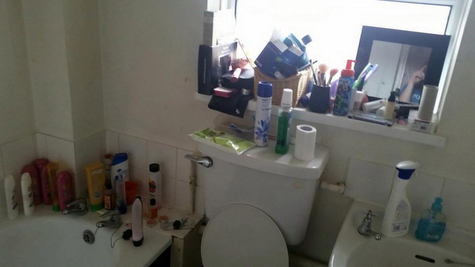 19-летняя студентка выиграла конкурс на самую грязную комнату