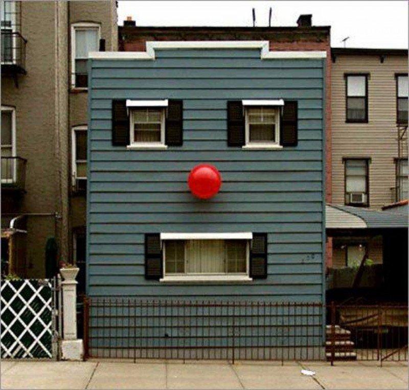 20 зданий, которые все время за кем-то следят