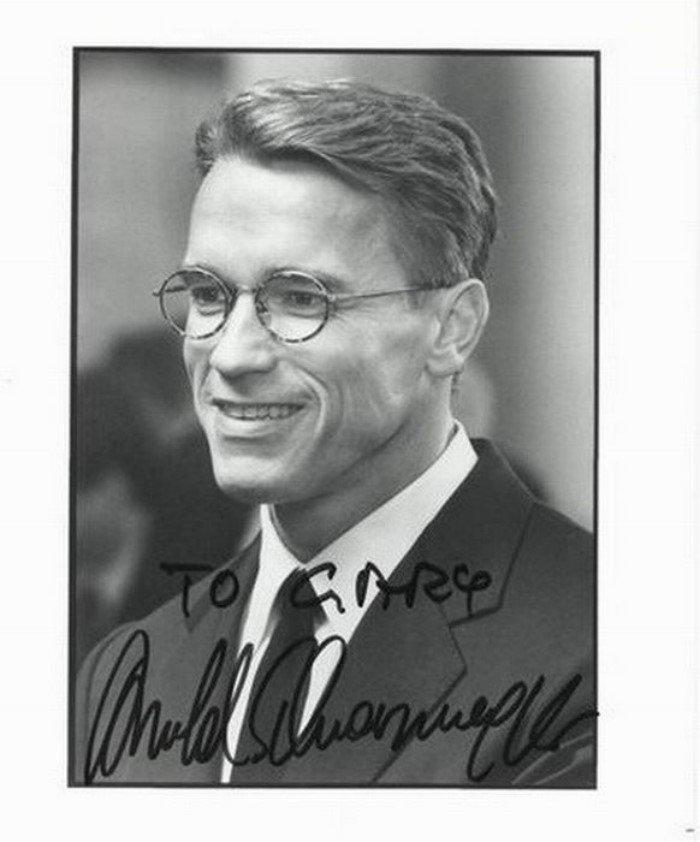 Автографы известных людей