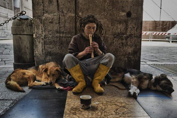 Как выглядят бездомные в разных уголках мира