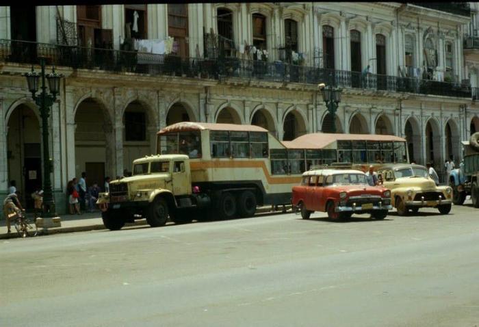 Общественный транспорт на Кубе