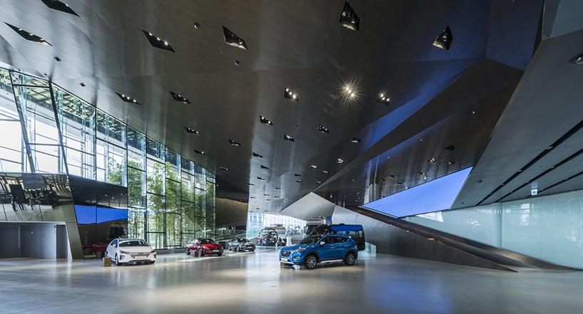 Архитектура самого крупного автоцентра в Южной Корее