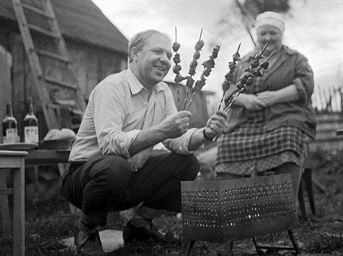 Старые и редкие снимки известных людей