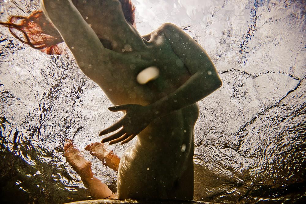 Обнаженные девушки и вода от Нила Крейвера