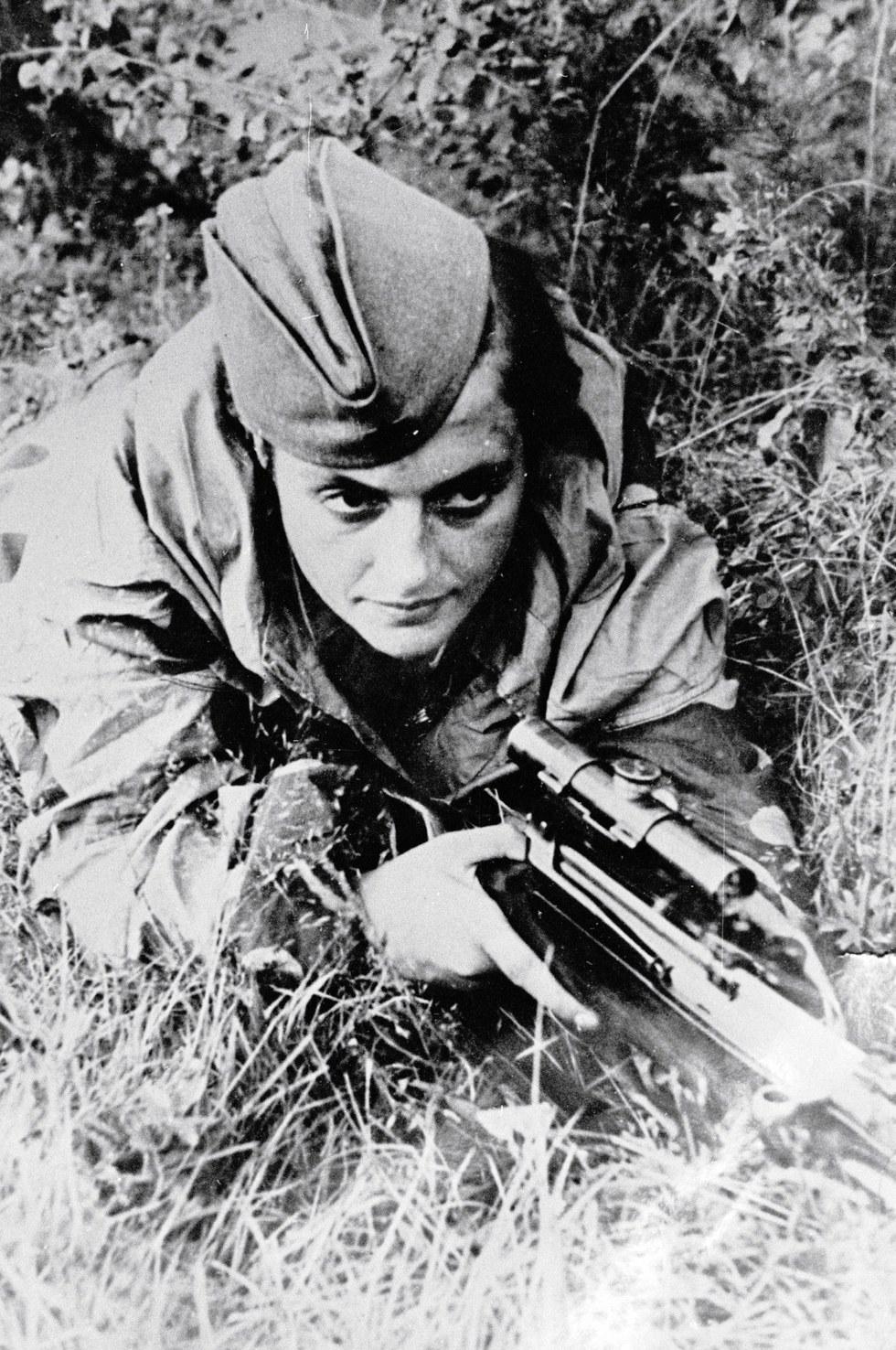 Женщины-снайперы — лучшие стрелки времен Второй мировой войны