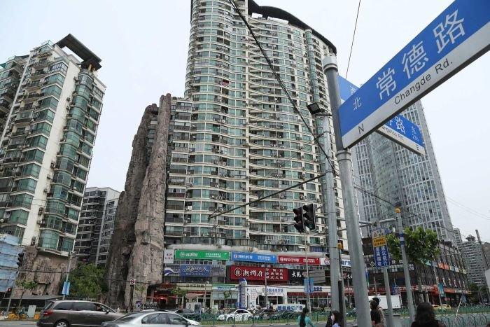 Дом-гора в центре Шанхая