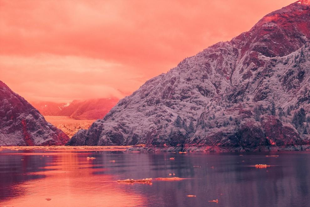 Фьорд Трейси Арм на Аляске в инфракрасном свете