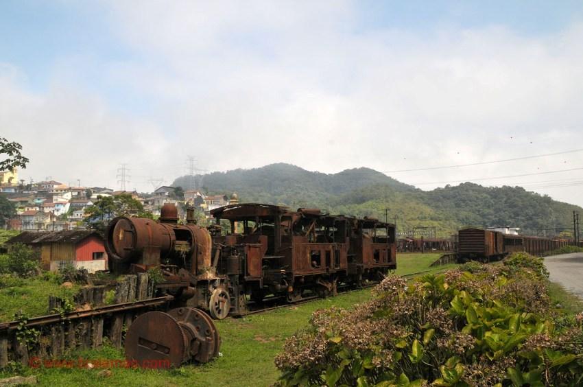 В бразильских джунглях ржавеют остатки британской железной дороги