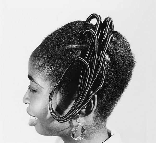 Замысловатые прически африканок 1960-х годов