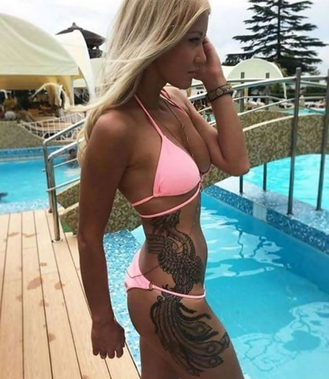 Красивые девушки любят татуировки