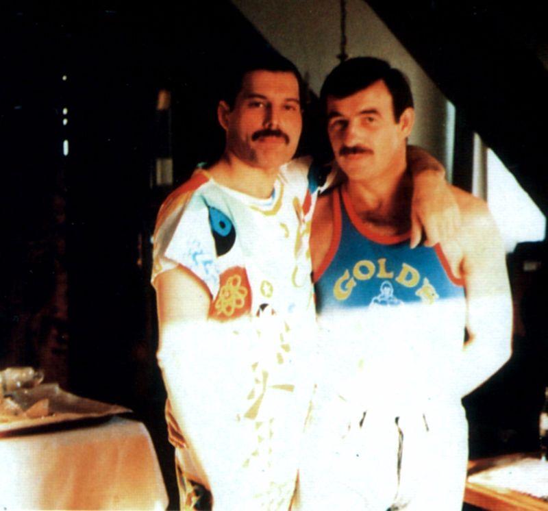 Личные фотографии Фредди Меркьюри и его близкого друга в конце 1980-х