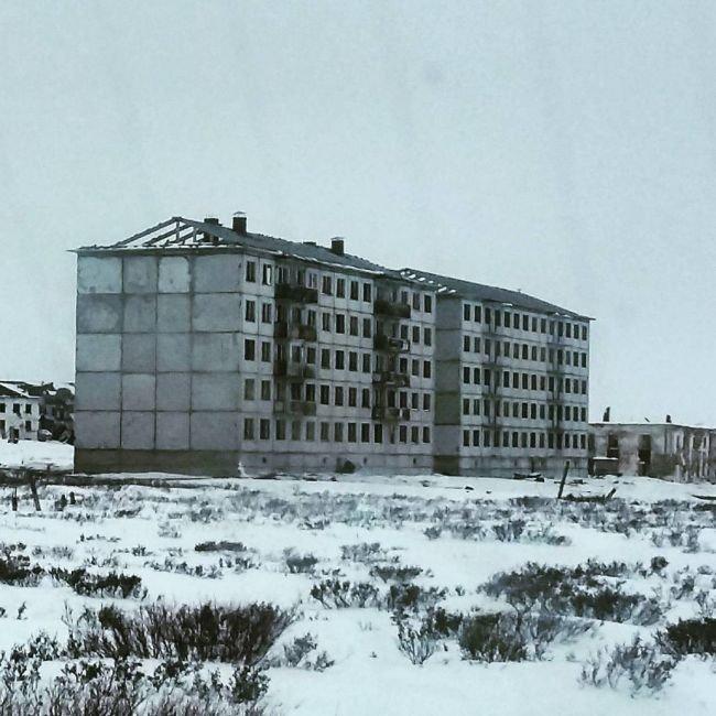 Заброшенный воркутинский поселок Хальмер-Ю