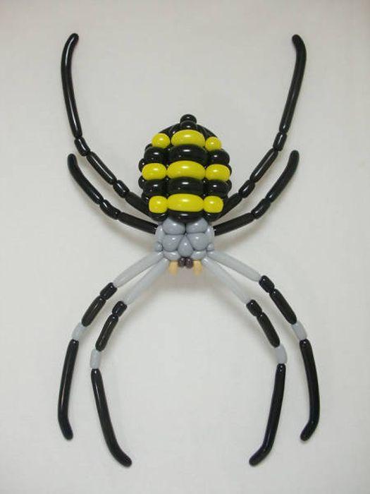 Удивительные произведения искусств из воздушных шаров